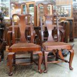 マホガニー材の椅子四脚