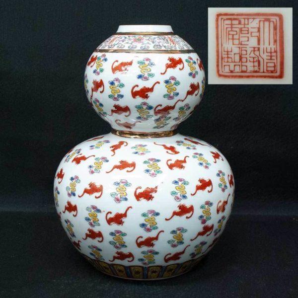 大清乾隆年製 色絵 花瓶
