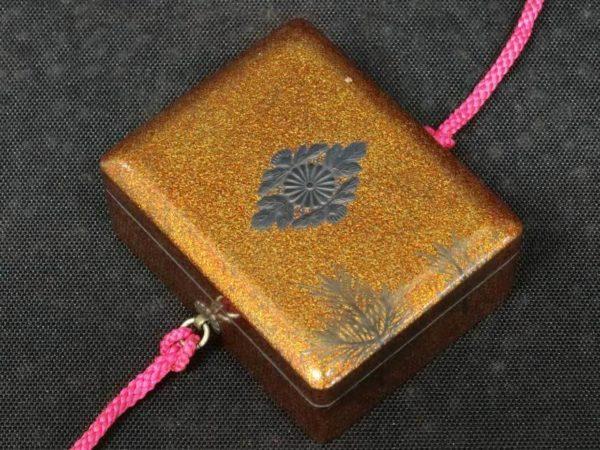 ボンボニエール 東久邇宮家紋下賜品