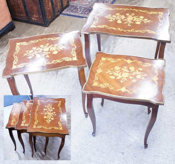 イタリアン アンティーク ネストテーブル